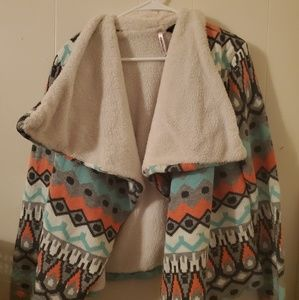 Cardigan/sweater with tags